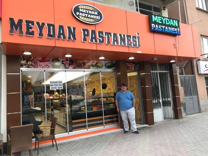 <b>Saadet Karaduman </b><br> Meydan Pastanesi (Denizli)